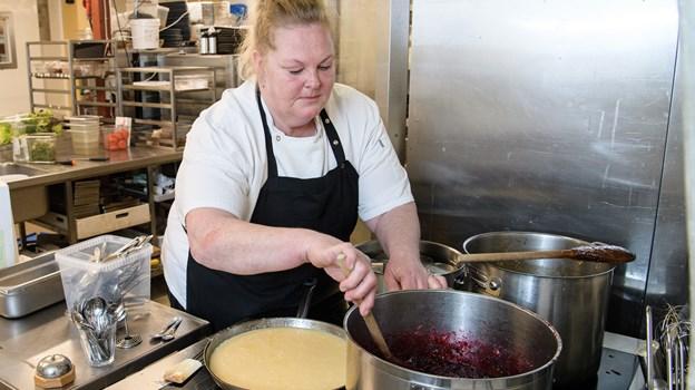Vivi Svendsen var da hendes datter var lille ved at opgive jobbet som kok, men så kunne det heldigvis lade sig gøre at få dagvagt.