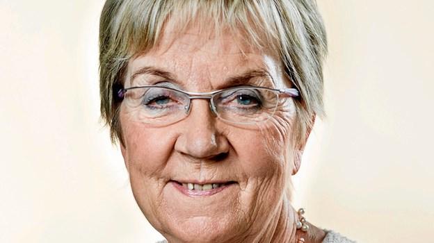 Den radikale politiker Marianne Jelved åbner årets påskeudstilling på Vildmoseporten.