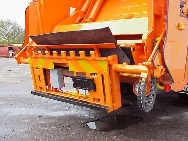 På grund af de glatte veje kommer affaldsbilerne ikke til flere veje i Hanstholm og Ræhr. Arkivfoto