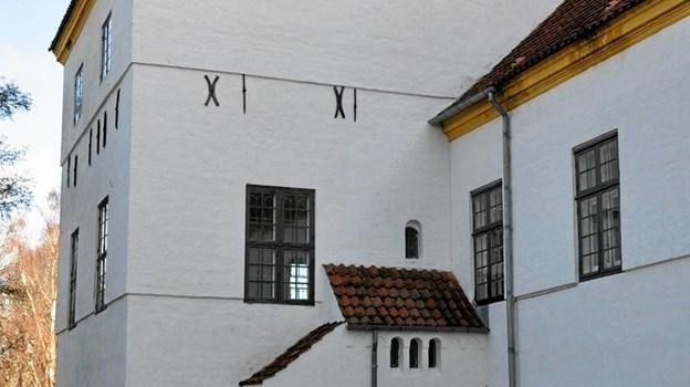 En af de historiske personer, som var blandt de første danskere, som oplevede Grønland og grønlænderne, og som satte handlen med produkter af grønlandsk oprindelse virkeligt i system, var Jakob Severin, som ejede Dronninglund Slot og store dele af Østvendsyssel 1735-53. Han er ophavsmanden til denne trappebygning, som udefra førte op til hans kontor. Foto: Ole Torp Ole Torp