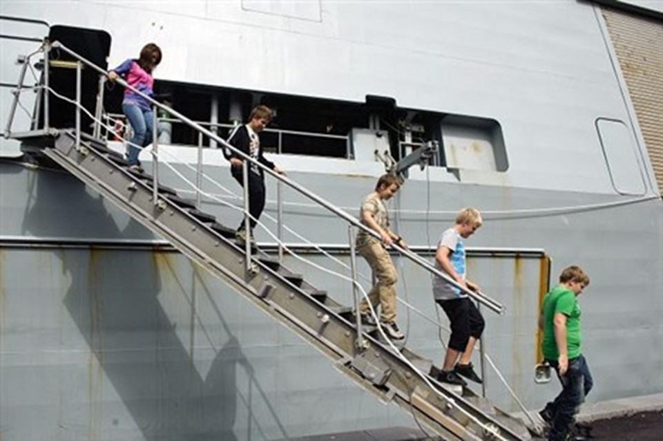 Børn fra fritidsklubben Fristedet fik en særlig oplevelse og var med fra Hals til Aalborg.
