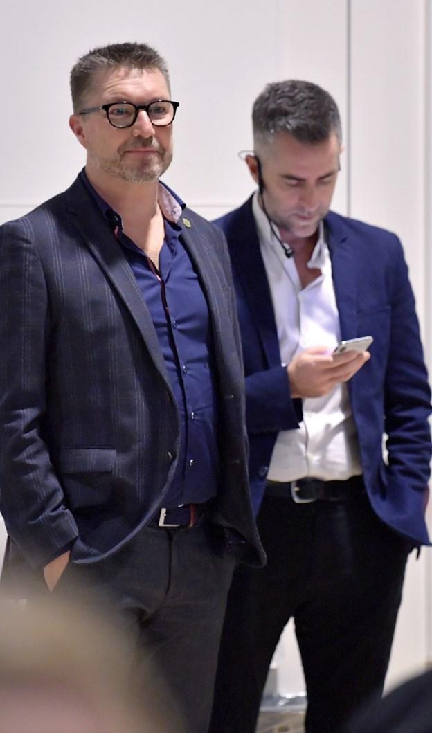 Blandt talerne var Jakob Riisgaard og Mikkel Pii, som begge havde gode idéer til, hvordan man kan finde vej til nye kunder - og ikke mindst inspirere til, at man ind i mellem skal tage chancen og spring ud i noget nyt. Nogle gange kan det nemlig godt betale sig at følge hjertet i stedet for at tænke alt for meget over, om man nu gør det rigtige. Foto: Bente Poder
