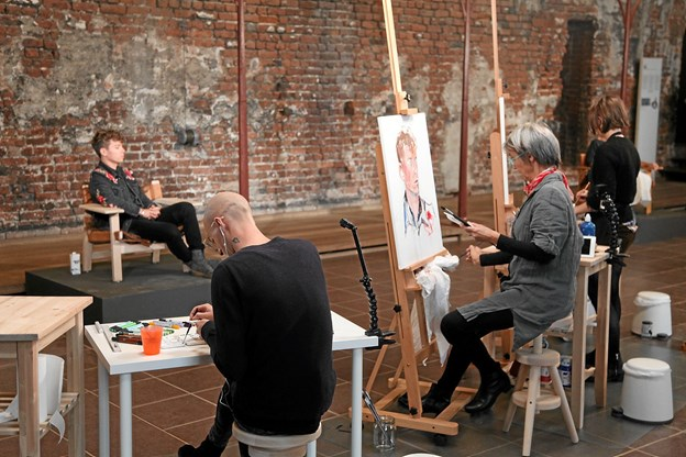 Tidligere optagelser til Danmarks bedste portrætmaler fandt sted i kirkesalen på Koldinghus. 2. november er der optagelser på Skagens Museum.  Foto: Pressefoto DR/Bo Christensen