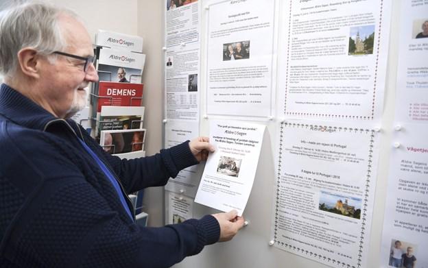 Ole Knudsen under sit arbejde som formand for Ældre Sagen Hobro, som tæller godt 2700 medlemmer. Arkivfoto: Claus Søndberg