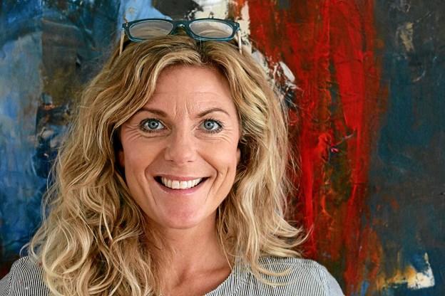 Trine Panum Kjeldsen, tidligere kendt ansigt fra TV 2, er nu fuldtidskunstner. På lørdag åbner hun sin udstilling på Hjerm Kunstgalleri. Privatfoto