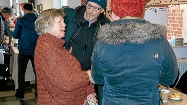 Marianne Isager snakker med sine gæster og sikrer sig, at alle har det rart ved julemarkedet i 2017. Arkivfoto: Niels Helver Niels Helver