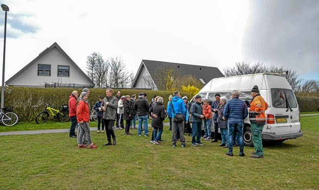 Cirka 40 fremmødte til indvielsen af den nye hjertesti med start i Raunstrup. Foto: Mogens Lynge Mogens Lynge
