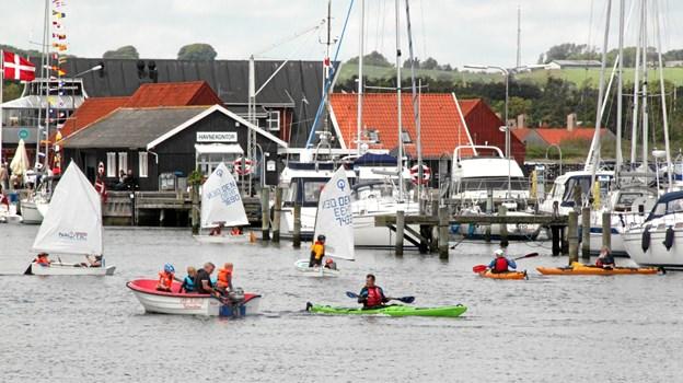 Sæby har også en gruppe børn og unge, der dyster på vandet.