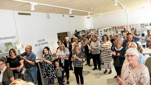 For to år siden var flere end 100 gæster mødt op på Ålbæk Bibliotek, hvor forfatter Sandra Thorup Mose, skulle præsentere sin debutroman. Foto: Peter Jørgensen Peter Jørgensen