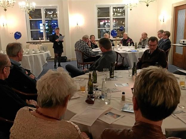 Formand for Venstre i Fjerritslev, Sanne Abildgaard, fremlagde beretning om året, der var gået - og der var mange roser til de lokale kommunalbestyrelsesmedlemmer, som har gjort det rigtig godt for Fjerritslev. Sanne Abildgaard blev genvalgt som formand for Venstre i Fjerritslev. Privatfoto