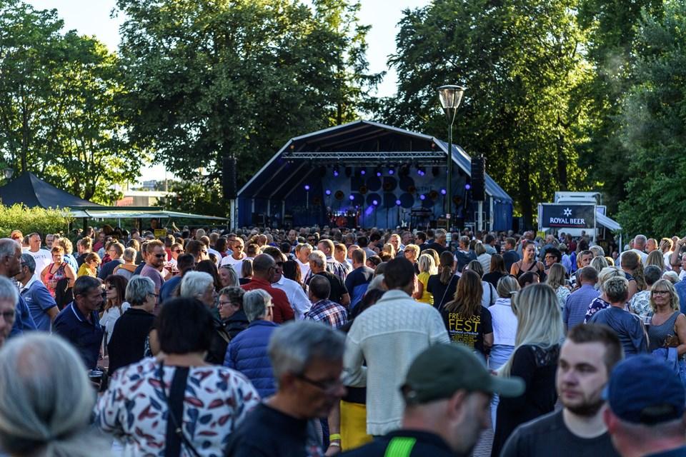 På lørdag offentliggør Skråen programmet for årets Fredagsfest-koncerter i Karolinelund. Foto: Nicolas Cho Meier