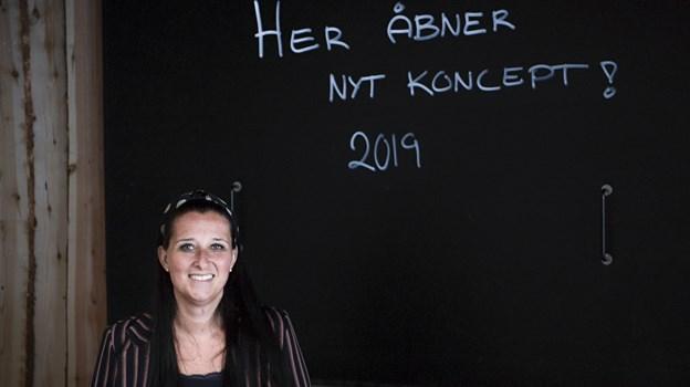 Der er højt til loftet og plads til mangfoldighed hos Aalborg Street Food, og det sætter Isabel Enevoldsen stor pris på. Foto: Teis Markfoged