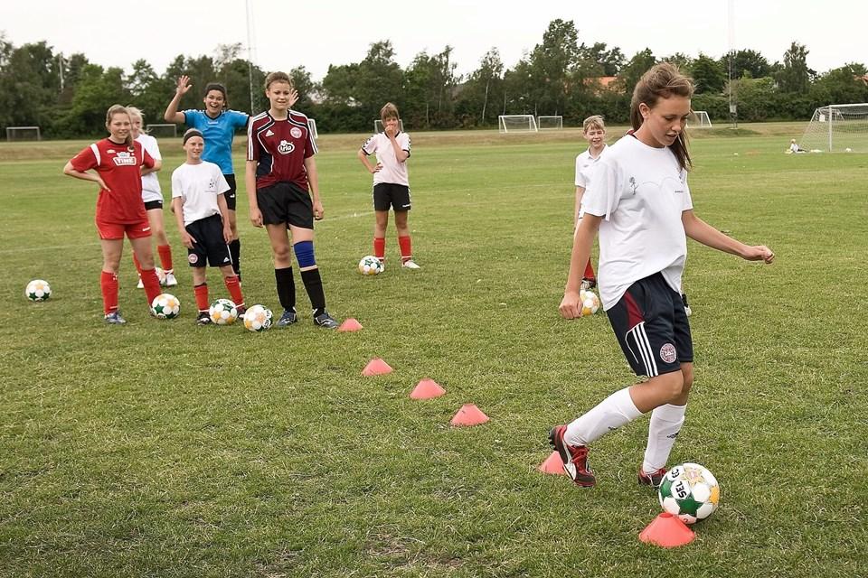 Gold Age Academy kommer til at foregå på IF Skjolds baner i Sæby. Arkivfoto: Peter Broen