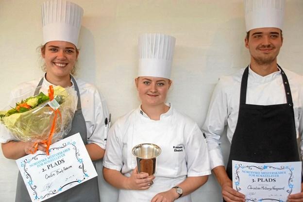 Nordjyllands tre dygtigste unge kokke anno 2018: Cecilie Pedersen, Elisabeth Madsen og til højre Christian Næsgaard fra Himmerland Golf og Spa Resort i Gatten. Privatfoto
