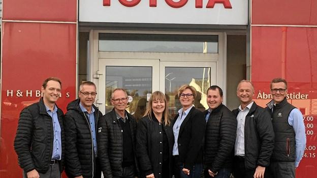 Fra venstre mod højre er det Kasper Kristensen, Finn Jensen, Per Hannesbo, Birgitte Corlin, Pia Ritter Binderup, Jens Kristian Jensen, Brian Pedersen og Jacob Clausen Schyum.Privatfoto