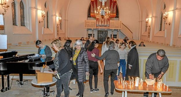 Man kunne komme og gå, som man ville til natkirken i Løgstør. Foto: Mogens Lynge Mogens Lynge