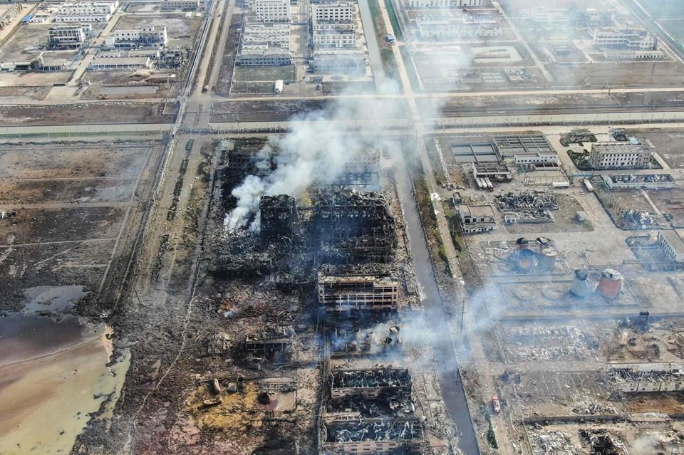 b3d4cc2a04e Et luftfoto fra et industriområde i den kinesiske by Yancheng viser de store  ødelæggelser efter en eksplosion på en fabrik torsdag eftermiddag lokal tid.