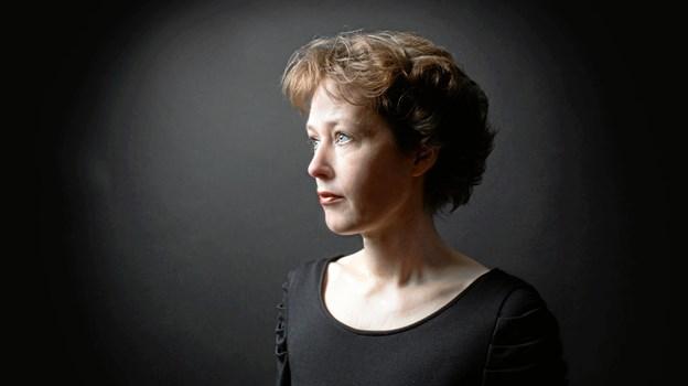 Anita Hyldgård Samsing tryller tonerne frem