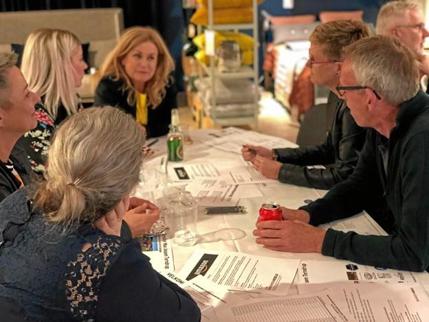 De godt 50 deltagere i netværksmødet i Terndrup for detailvirksomheder havde hele aftenen rig mulighed for at netværke, få inspiration og udveksle erfaringer virksomhederne imellem. Privatfoto