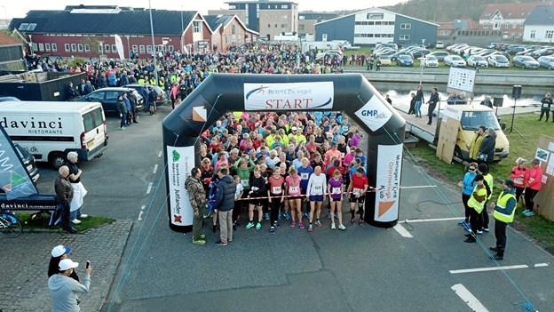 Sidste år stillede 1250 løbere til start i kvindeløbet i Hadsund. I år håber arrangørerne på op imod 1500 løbsdeltagere. Privatfoto