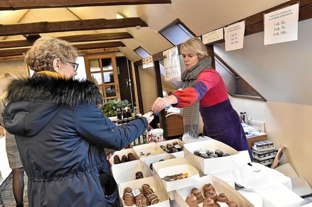 Der kunne købes brød, kager og flødeboller. Foto: Ole Iversen Ole Iversen