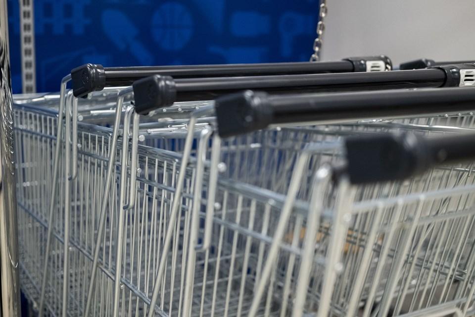 Lukkeloven fra 2012 betyder, at butikker, der hovedsageligt sælger dagligvarer og har en omsætning under 34,2 mio. kr. kan holde åbent på helligdage, grundlovsdag og juleaftensdag. Foto: Lasse Sand
