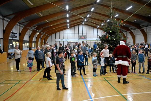 Ulsted Hallen dannede lørdag ramme om en juletræsfest. Privatfoto Allan Mortensen