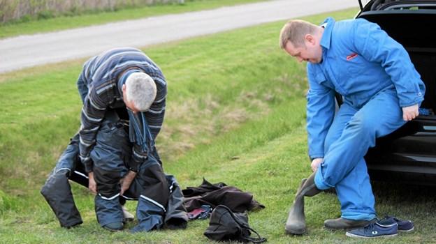 Det gælder om at være godt påklædt inden fiskeriet går i gang. Flemming Dahl Jensen