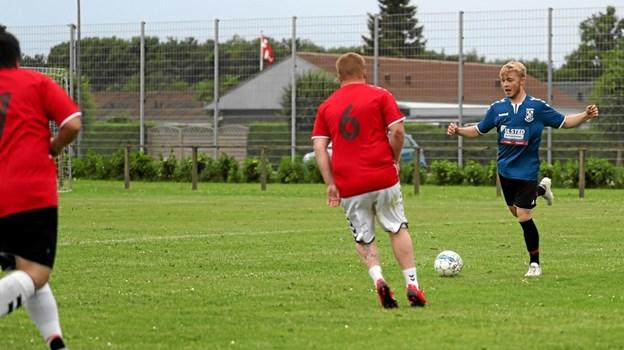 Sommerfesten bød blandt andet på en showkamp mellem lokale spillere. Foto: Allan Mortensen