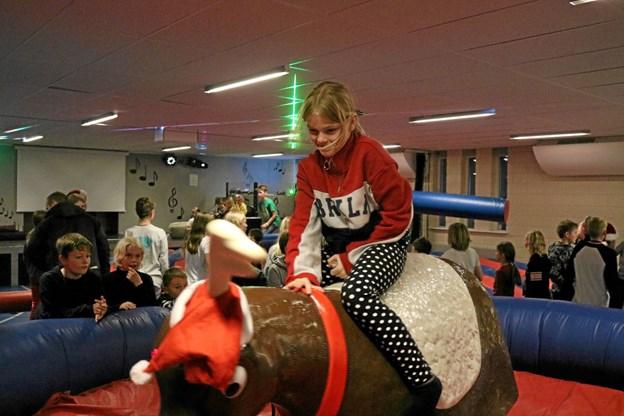 Rodeo-tyren styres af pædagogerne og sværhedsgraden bliver tilpasset deltagernes evner til at holde balancen. Tommy Thomsen