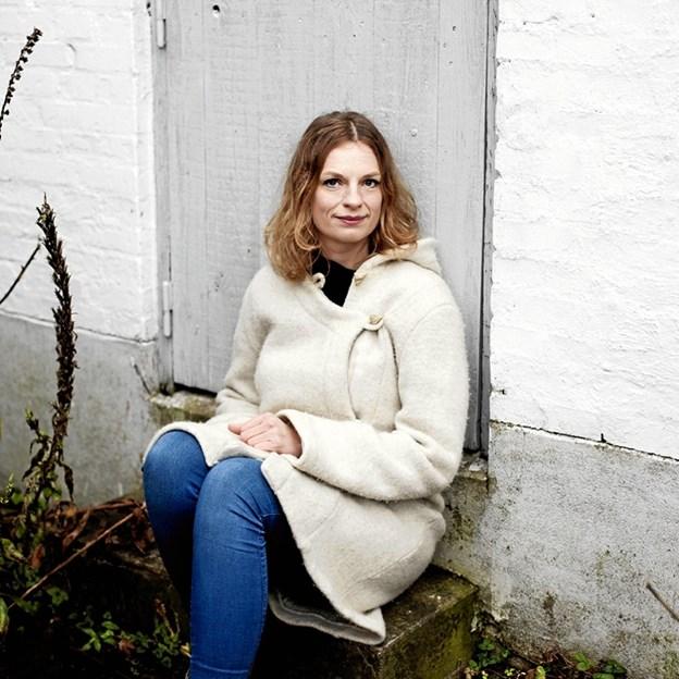 """Charlotte Weitzes seneste roman er """"Den afskyelige"""", hvor en fremtidsverden bebos af afskyelige snemænd. Foto: Frederikshavns Bibliotek."""