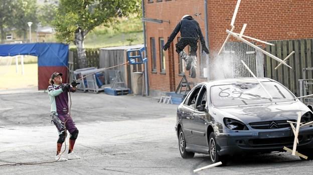 Halsbrækkende stunts. Foto: Michael Madsen Michael Madsen
