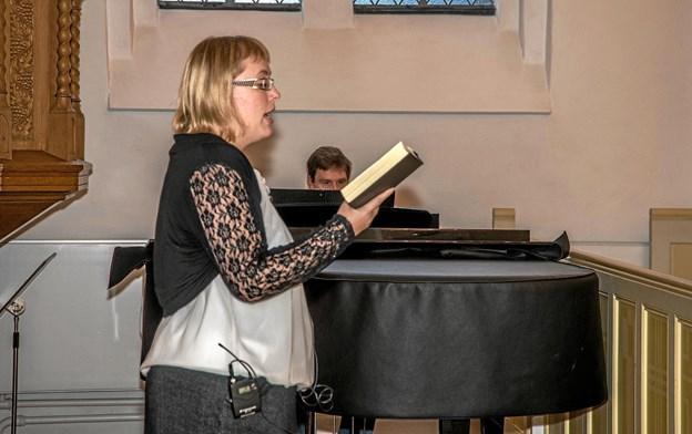 Praktikant Henriette Frænde fortalte de fremmødte om sin tid som praktikant i Løgstør og Aars. Foto: Mogens Lynge Mogens Lynge