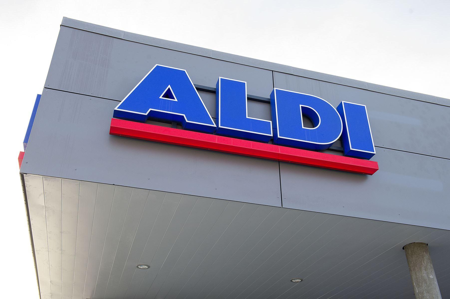 Kanelgifler solgt i Aldi-butikker over hele landet kan være angrebet af mug