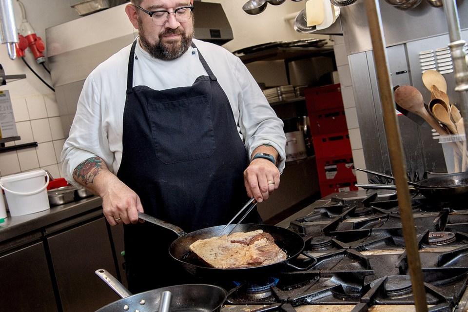 Thorbjørn Blicher regner med, at maden på Hotel Phønix kommer til at minde meget om det, han stod for på Restaurant Hedelund.