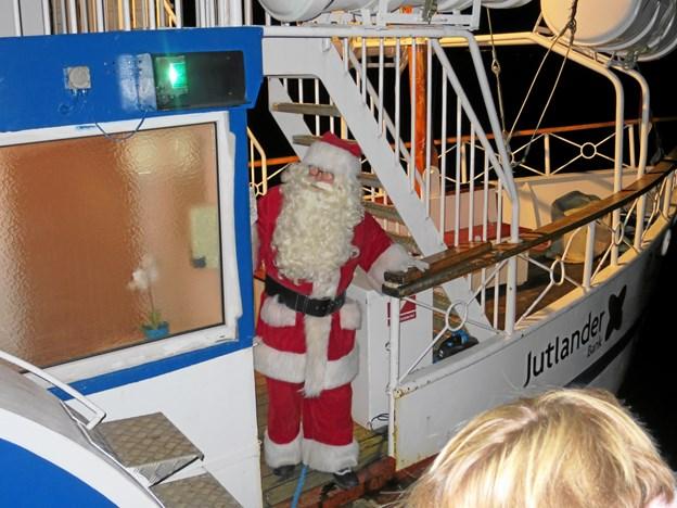 $ID/NormalParagraphStyle:Julemanden kom: sejlende til Hadsunds