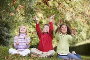 Hvad skal man sikre sig, når man køber børnetøj til efteråret?