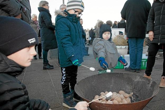 Hirtshals 100 års jubilæum blev blæst i gang. Foto: Peter Jørgensen Peter Jørgensen