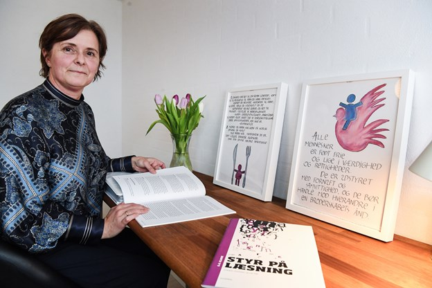 Jette Weinkouff har indrettet klasselokale i hjemmet på Åkandevej