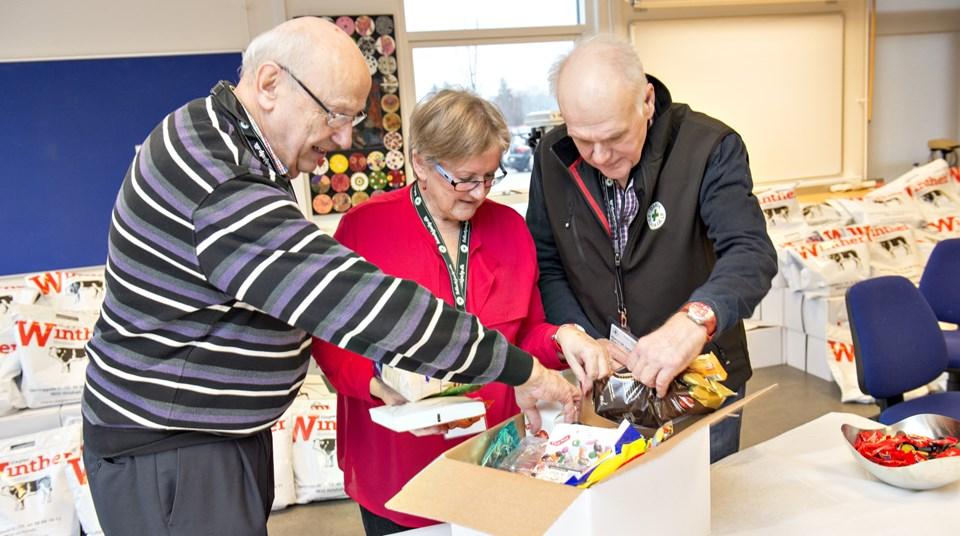 Dansk Folkehjælp i Hjørring kommune uddeler julehjælp, men er også tovholder på et forløb, hvor enlige seniorer kan nyde fællesskabets goder.Arkivfoto: Kurt Bering