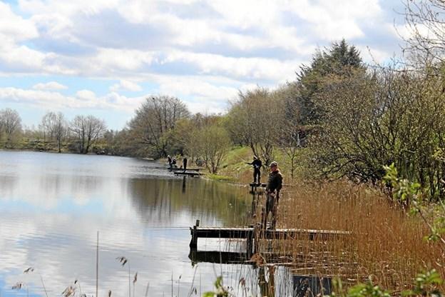 Alle 10 til 18-årige har chancen for at komme ud at fiske og få hjælp til at komme i gang med at prøve det 2. marts. Privatfoto