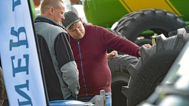 Man kunne også sparke til dæk...store dæk. Foto: Ole Iversen Ole Iversen