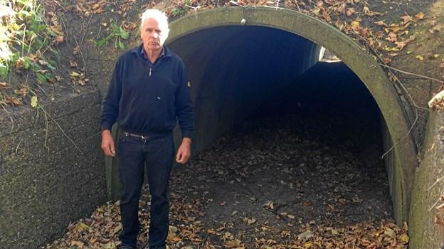 Jørgen Jensen foran sin tunnel, som ikke har været i brug siden 1980.Privatfotos