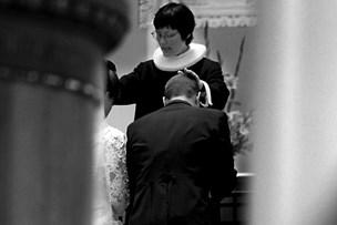 Politikere vil ikke blande sig i kirkens kønsdiskriminering