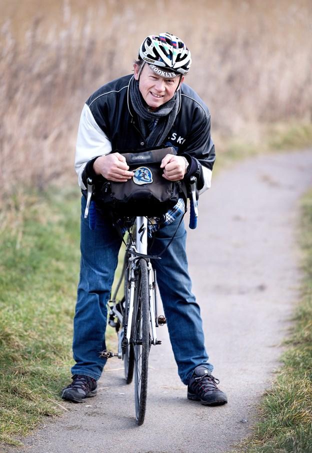 Med en ballast på 164.000 kilometer som turcyklist på verdens landeveje siden 1980 lagde Lars Nielsen yderligere 1467 kilometer til i Alaska. Torben Hansen