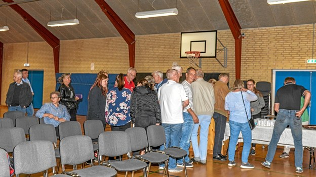 I pausen var der kaffebord, inden andel del af debatten gik i gang. Foto: Mogens Lynge Mogens Lynge