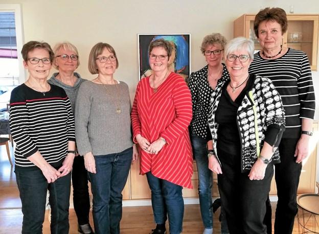 Svenstrup Husmoderforenings bestyrelse består af (fra venstre) Karin Bergmann, Bente Jørgensen, Jytte Andersen, Hanne Kastrup, Gurli Jørgensen, Bente Lundsgaard og Birte Nørgaard. Privatfoto