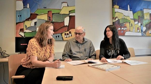 Psykologerne Tania Buhelt Leer t.v. og Kamilla Kosar t.h. har indgået samarbejdsaftale med medejer af Psykolog-Centret Bjørn Danielsen for de næste tre år.