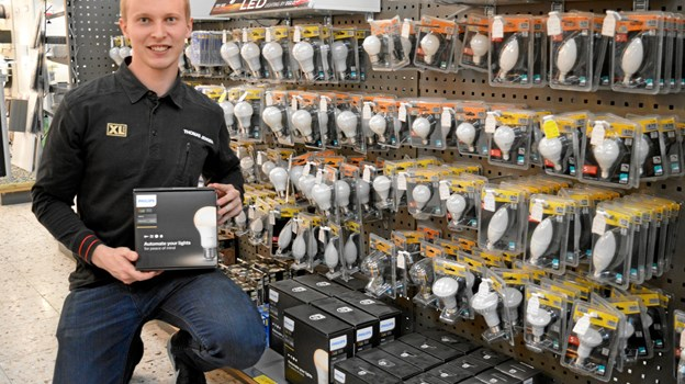 Thomas Riise Jensen har valgt Philips HUE belysningssystemer som emne for sin fagprøve, bl.a. med fokus på juleindbrud. Foto: hhr-freelance.dk