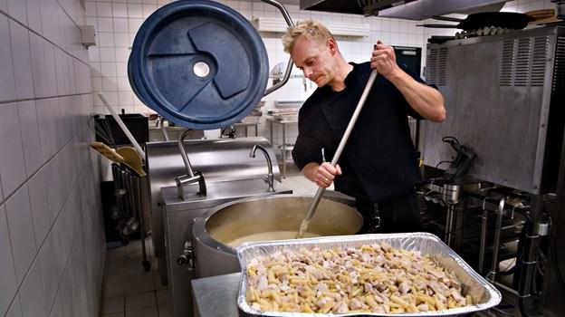 Køkkenchef Morten Røhl-Grønbech og hans folk bespiste 1600 mennesker i Arena Nord lørdag -plus det løse i Det Musiske Hus.